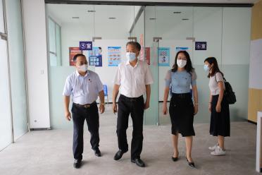 关注江南发展 关心师生健康 ——陈奕威厅长检查指导江南理工学生返校和疫情防控工作